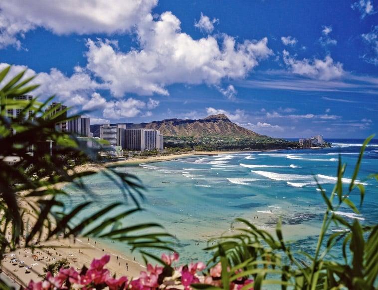 waikiki strand hawaii