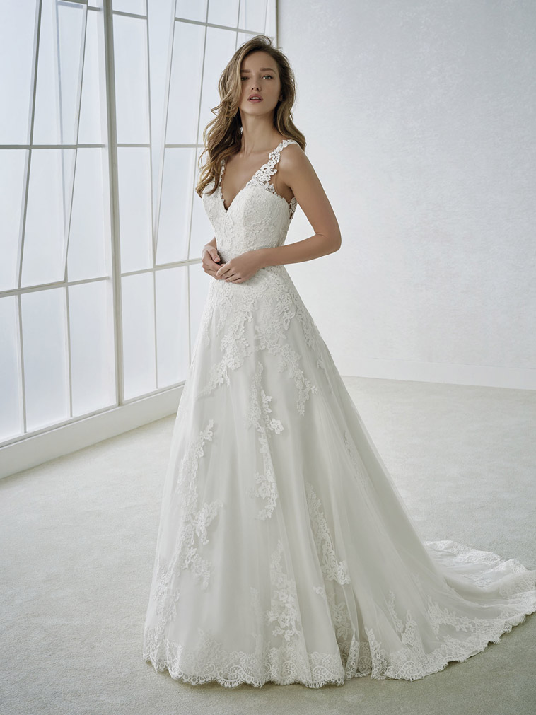 -a-line-brudekjole v-hals